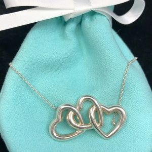 TC227 Silver Triple Heart Necklace Pendant